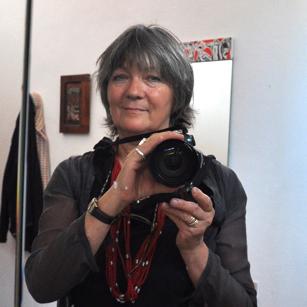Conny Freytag Selbstportrait mit Kamera im Spiegel